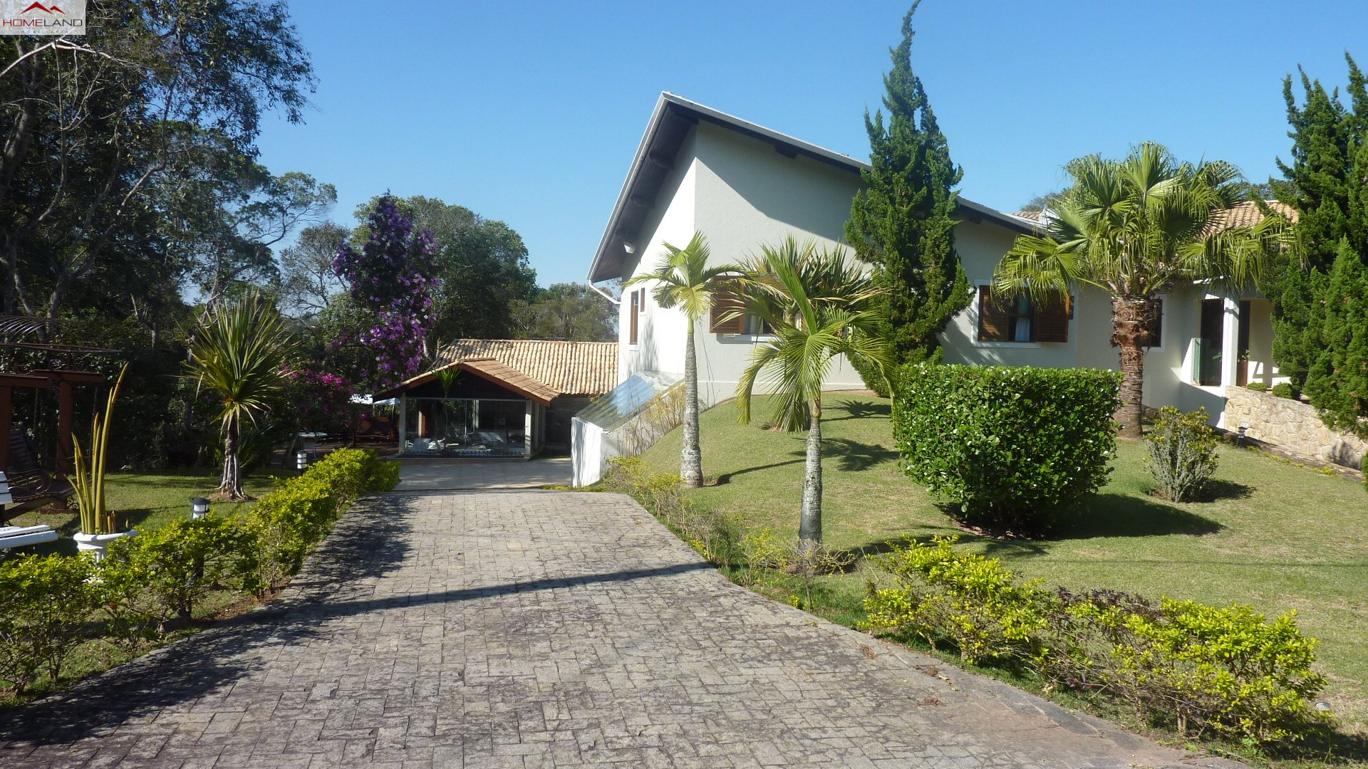 HL-168 Excelente casa em amplo terreno, perfeita para moradia e lazer no Patrimônio do Carmo R$ 2.480 mil