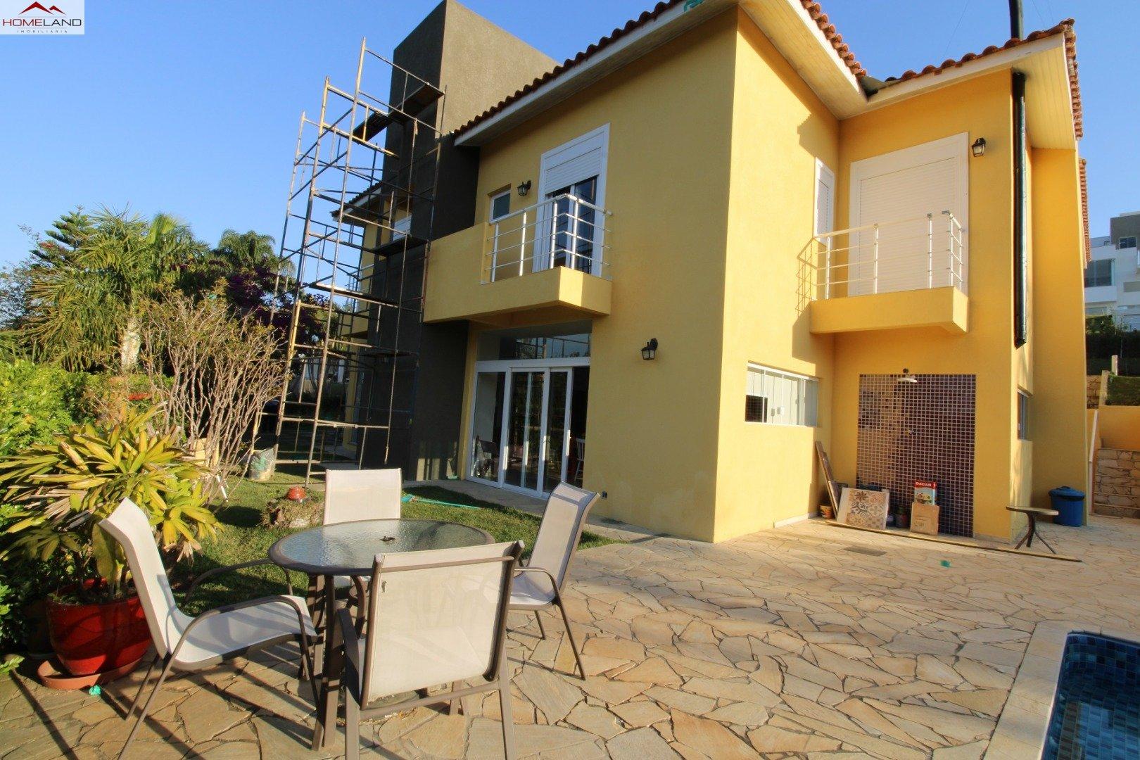 HL-225 Casa com 6 dormitórios e 3 suítes no Patrimônio do Carmo R$ 1.480.000