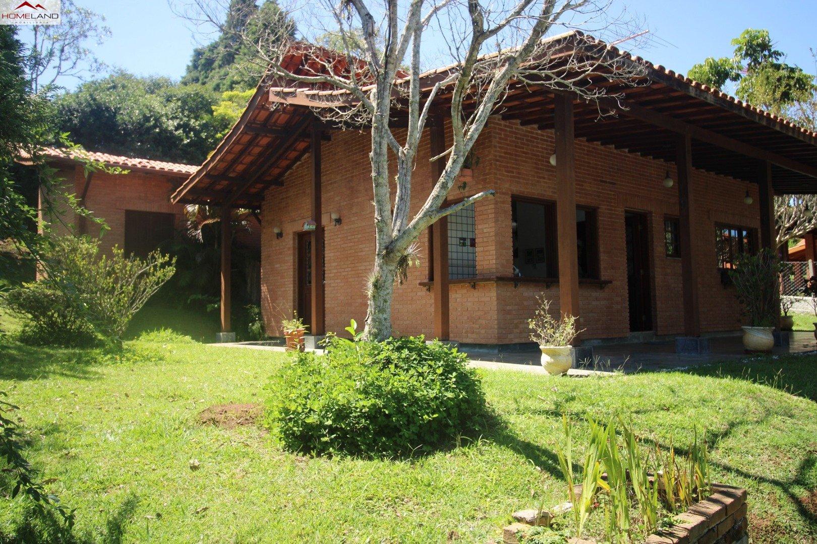 HL-208 Aconchegante casa de campo com 3 dormitórios a venda no Patrimônio do Carmo R$ 980.000