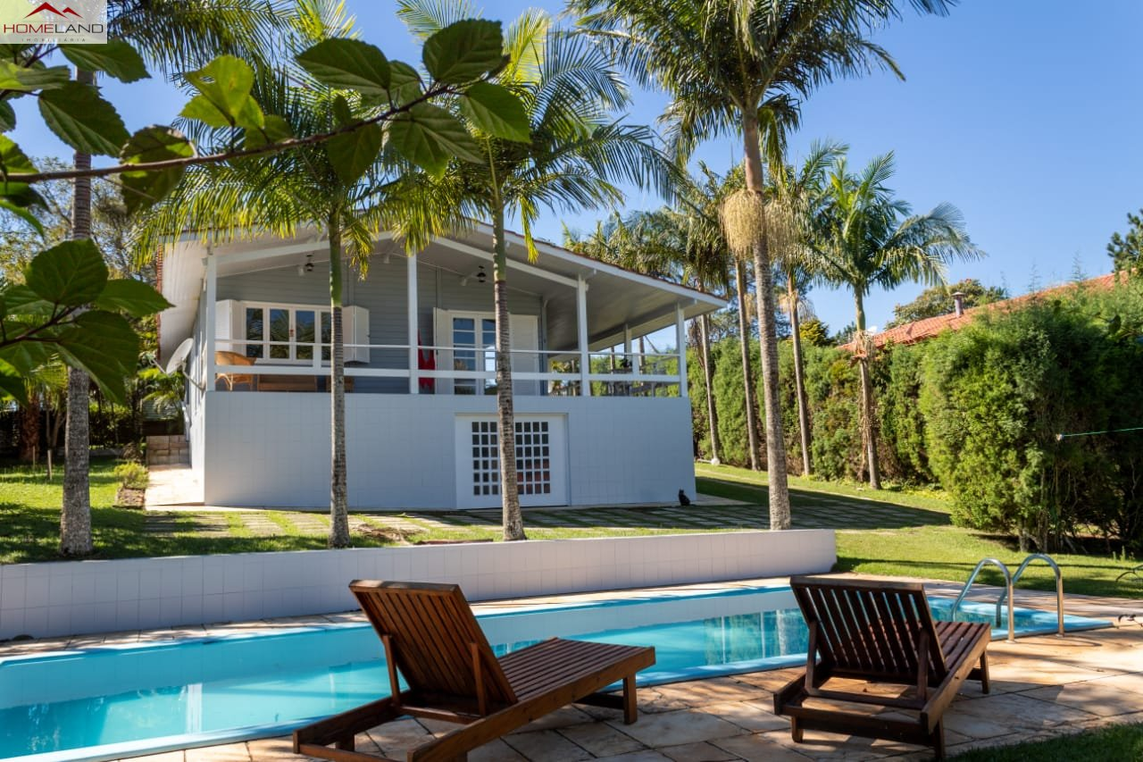 HL-8 Ótima casa em mix de alvenaria e madeira, recém reformada e piscina no Patrimônio do Carmo R$ 560 mil