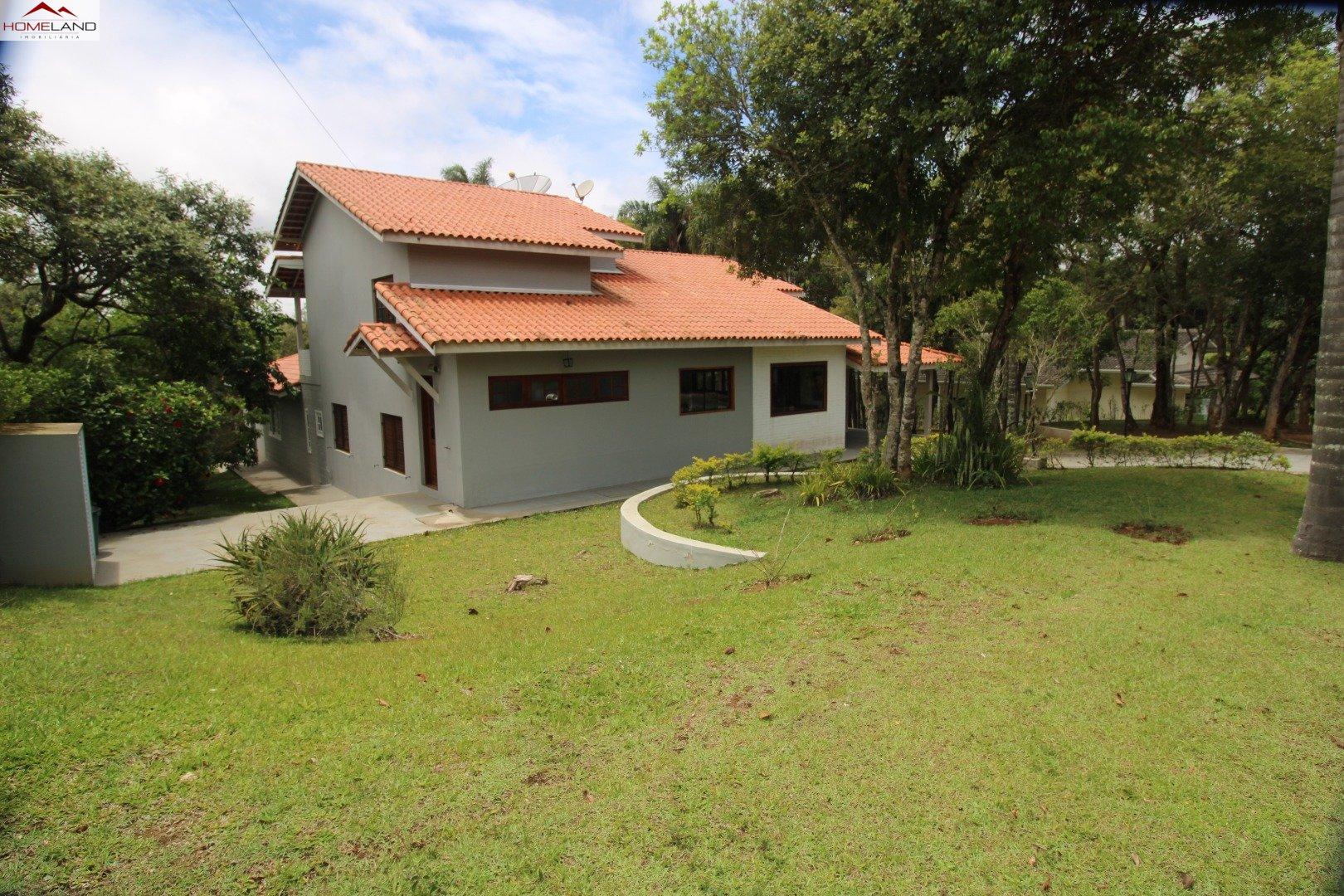 HL-198 Vende-se ou aluga-se casa com 3 dormitórios no Patrimônio do Carmo