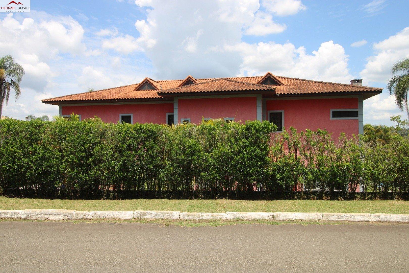 HL-200 Excelente casa com 5 amplas suítes a venda no Patrimônio do Carmo R$ 2.300.000